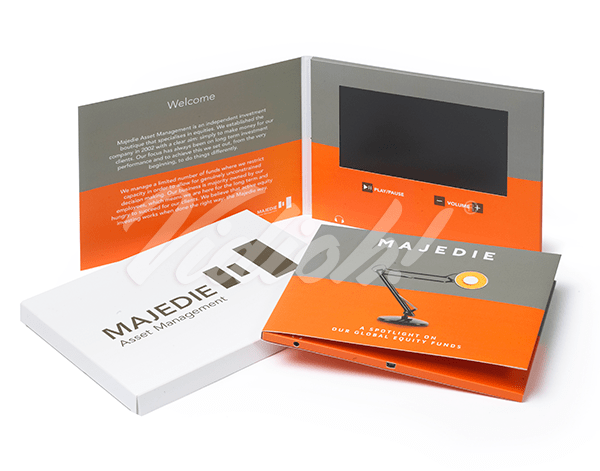7.0 HD 210x170mm Softback Video Brochure & Softback Box - Majedie 2