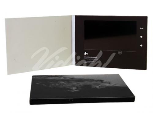 7.0 HD A5 Landscape Softback Video Card - Jonathon Knowles
